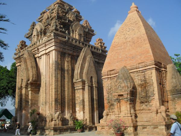 Visitez les Tours Po Nagar Cham à Nha Trang