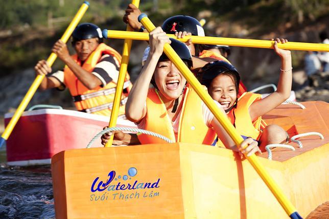 Découvrez le parc aquatique Waterland à Nha Trang sur la rivière Sông Lô